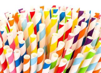 Czy słomki papierowe to dobre zastępstwo dla słomek plastikowych?